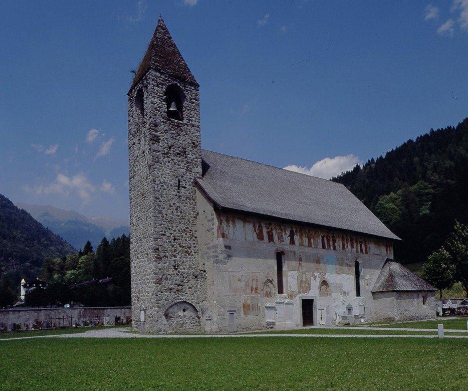Chiesa di San Vigilio aperta anche a Natale grazie alla disponibilità di tanti volontari
