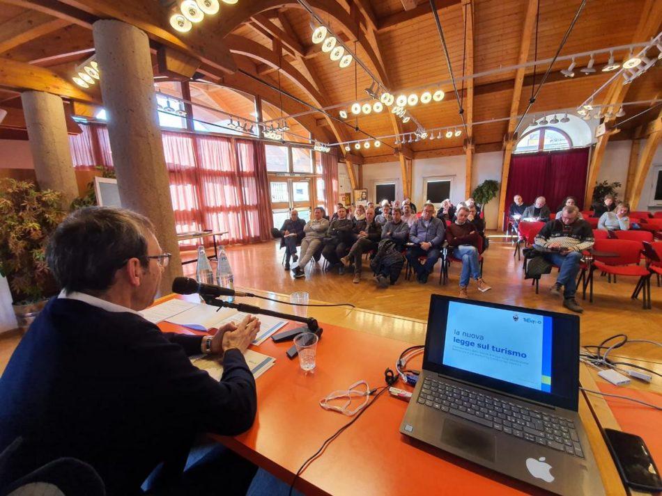 Riforma del turismo, gli appuntamenti sul territorio dell'assessore Roberto Failoni