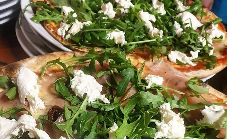 Nuovo servizio della Pizzeria Civetta di Massimeno: consegna delle pizze direttamente a casa