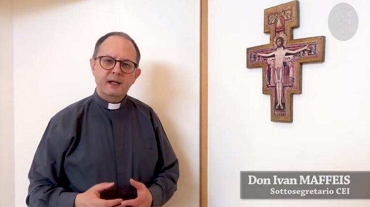 Venerdì Santo. Don Maffeis: attraversiamo questa notte di dolore e angoscia affidandoci al Padre – YouTube
