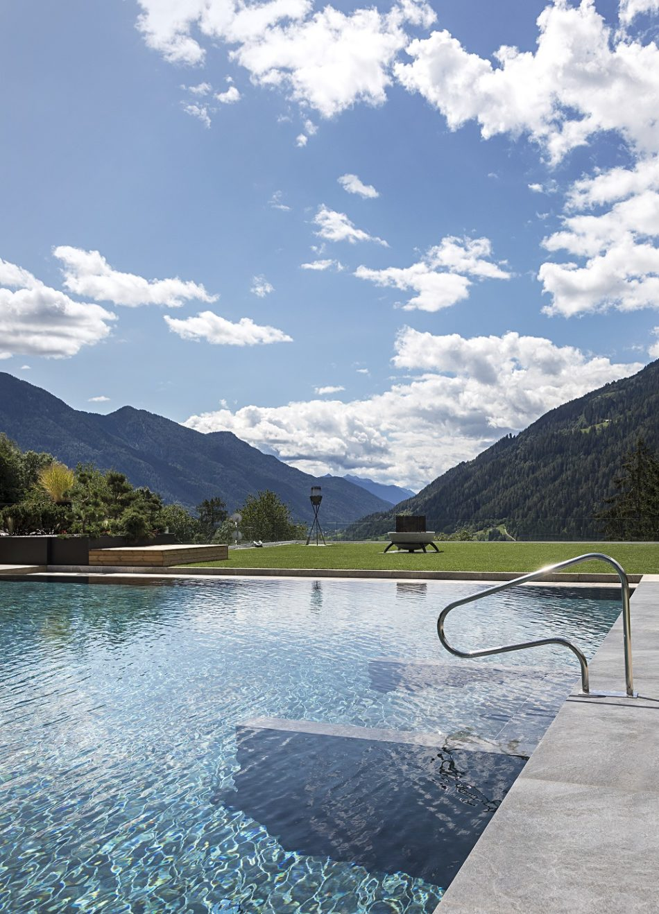 Riaprono Lefay Resort & SPA Dolomiti e Lefay Resort & SPA Lago di Garda