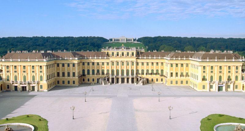 """E se dalla prossima settimana fosse la Lombardia a dichiarare """"indesiderati"""" gli austriaci?"""
