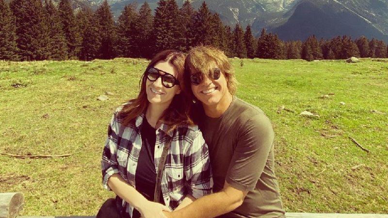 Laura Pausini e Paolo Carta festeggiano i 15 anni d'amore all'ombra delle Dolomiti di Brenta