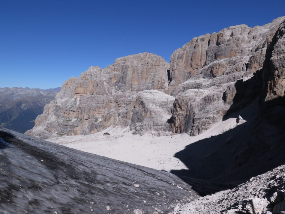 Via delle Bocchette Centrali – SAT 305C:Prudenza sulla Vedretta degli Sfulmini!