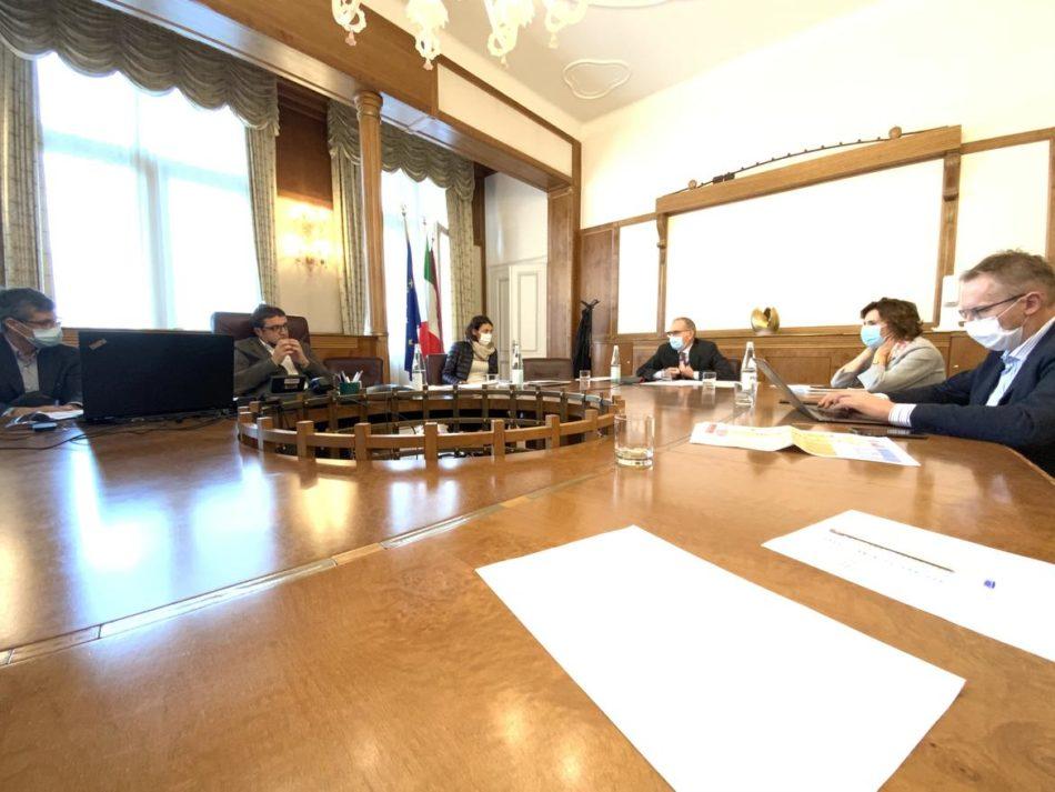 Continua la crescita dei casi in Trentino – 5 ottobre 2020: altri 49 positivi su 1204 tamponi effettuati, focolai nelle RSA