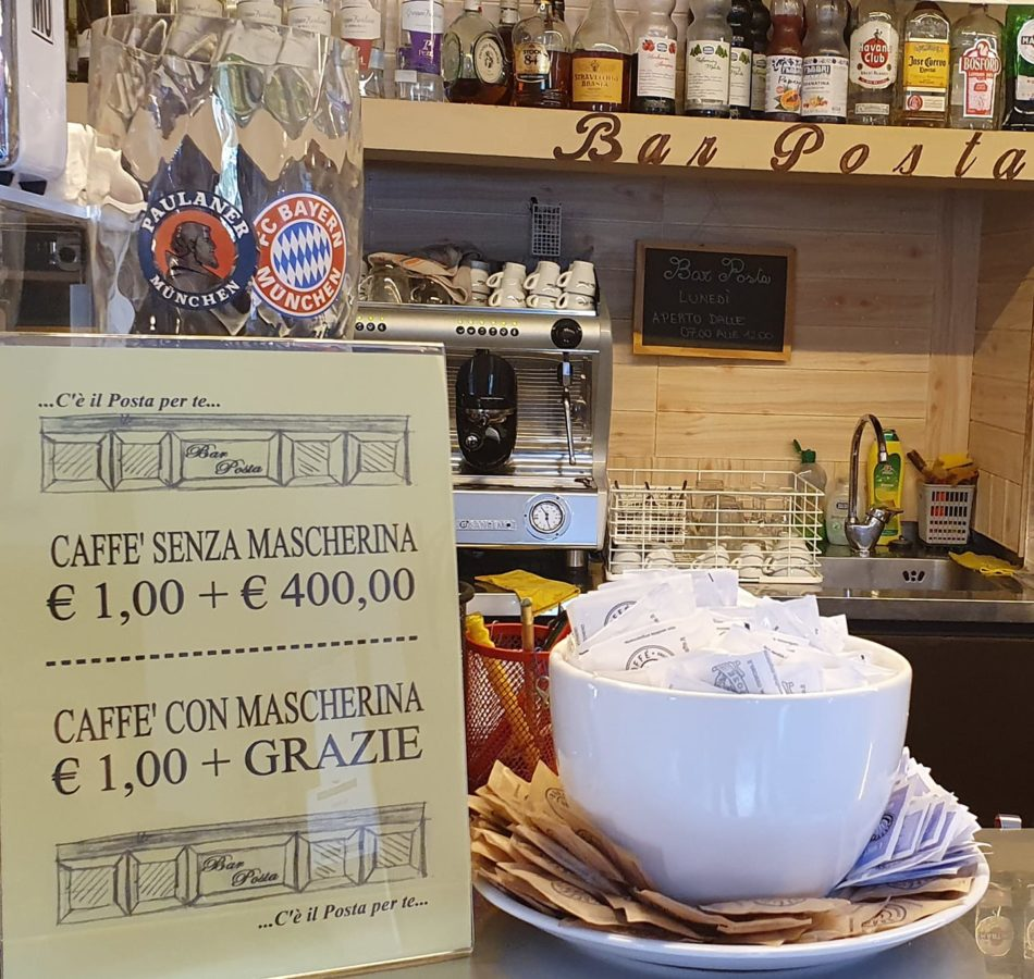 Al Bar Posta di Spiazzo il caffè senza mascherina 1 + 400 euro