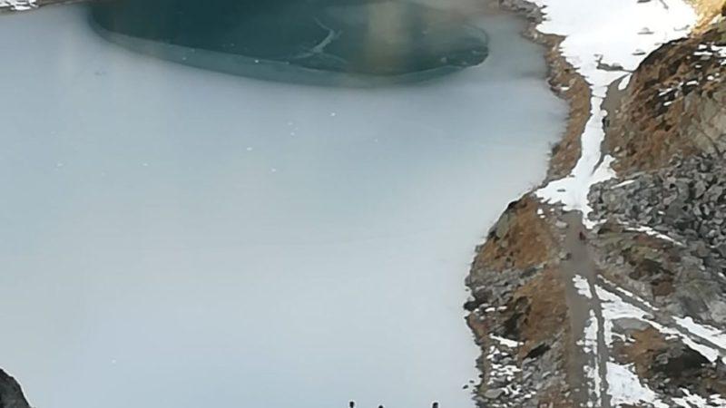 Appello urgente: non camminare sul ghiaccio del lago di Cornisello, potrebbe essere molto pericoloso!
