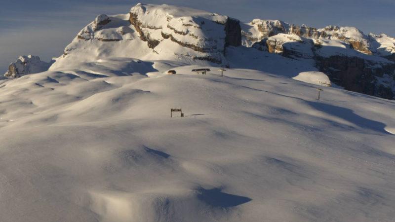 Moltissima neve al Grostè: e si aprisse per il ponte del 2 giugno?