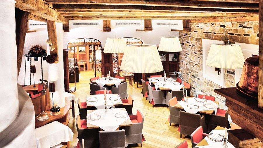 La taverna del Gallo Cedrone
