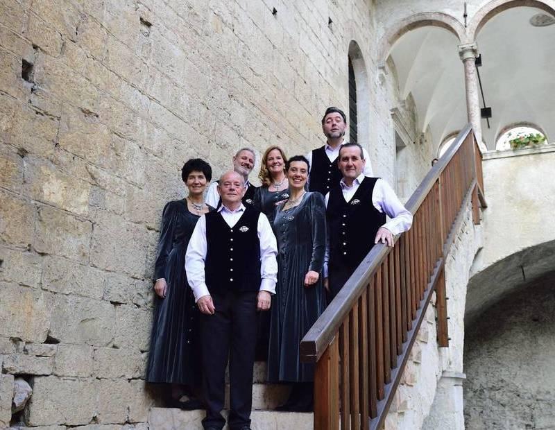 """MAVIGNOLA VENERDì 27 AGOSTO La """"Compagnia del Canto"""""""