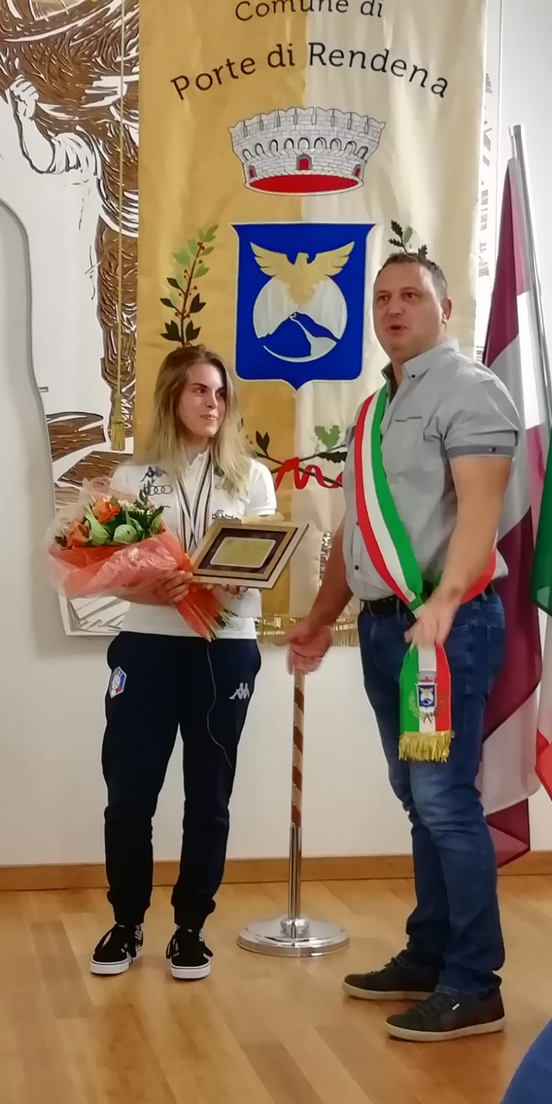 Oro e bronzo nello sci d'erba: Ambra Gasperi premiata anche in Comune