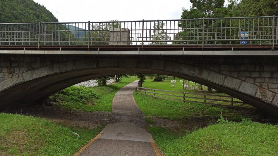 Il ponte di Carisolo presente alcuni segnali di degrado che andrebbero monitorati