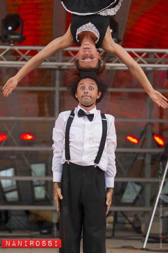 """Nanirossi Show Acrobatic Comedy"""