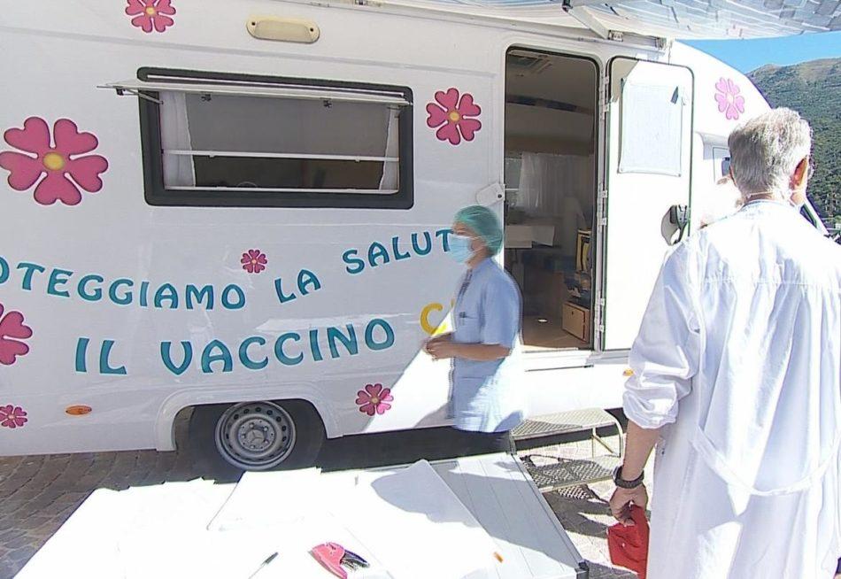 Ancora 1 decesso, 16 nuovi contagi. Verso le 735.000 vaccinazioni