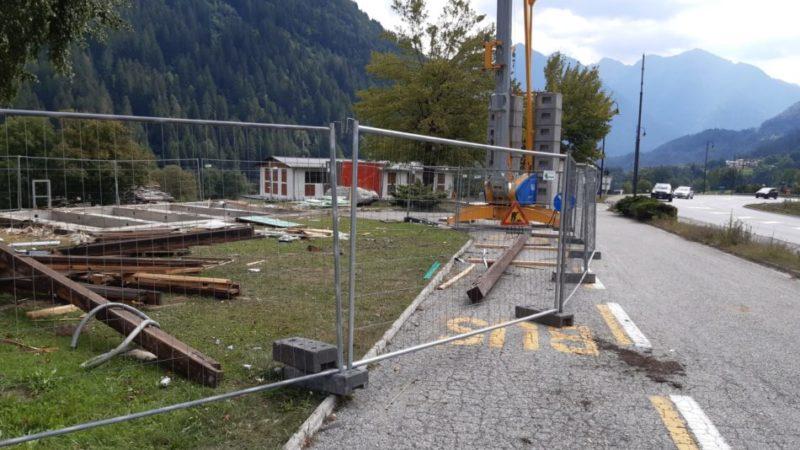 Demolizione completata e avvio lavori del nuovo punto info a Javrè
