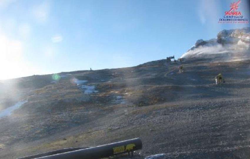 Skiarea Campiglio: grazie al freddo tornano a sparare i cannoni in cima al Grostè